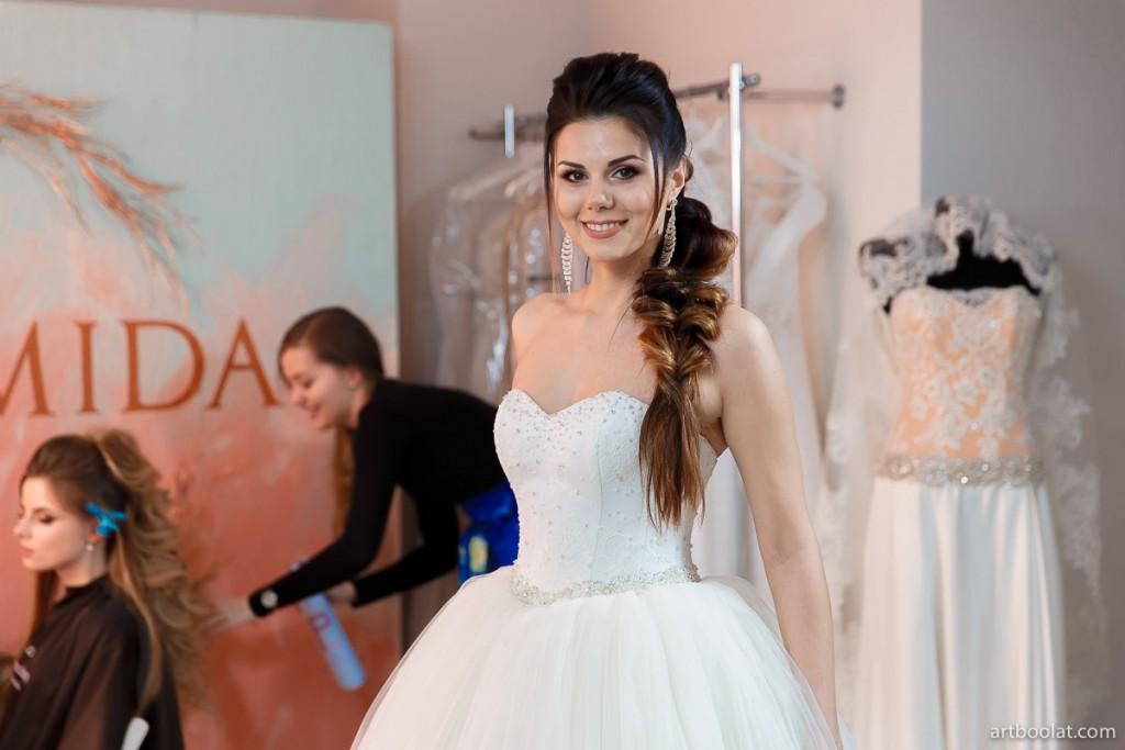 Дефиле-демонстрация свадебных платьев на TeaTalk